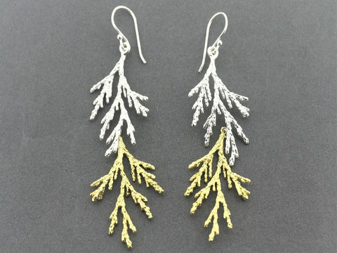 Lawson cypress earring - 22 Kt gold on silver