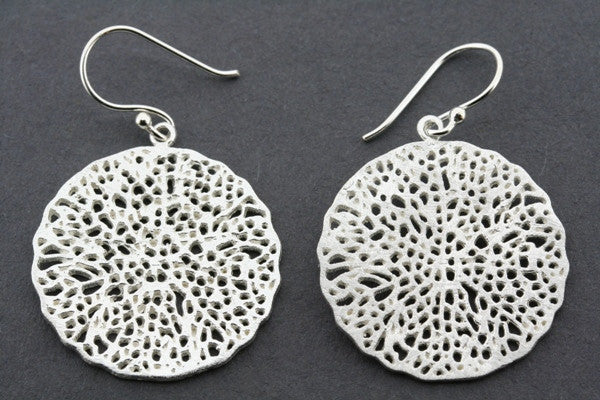 lace circle disc earring - sterling silver