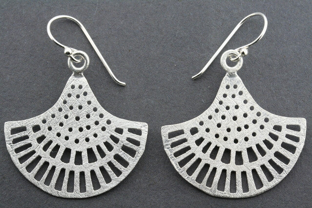 lace cutout chandelier earring