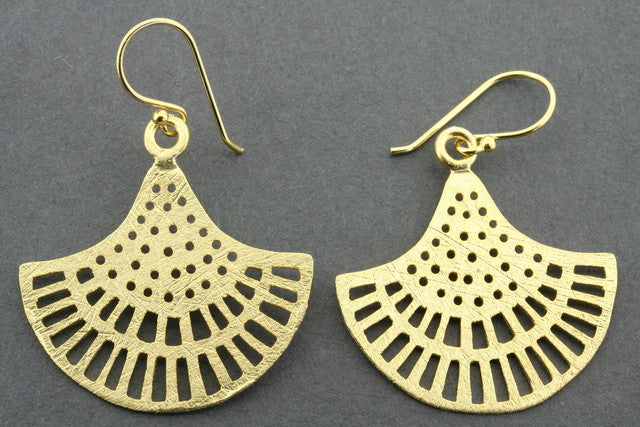 lace cutout chandelier earring - gold plated