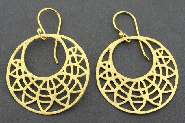 circle cutout earring - gold plated