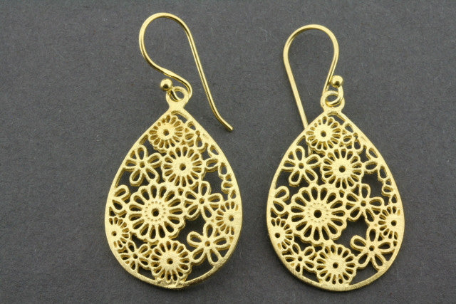 floral teardrop earring - gold plated