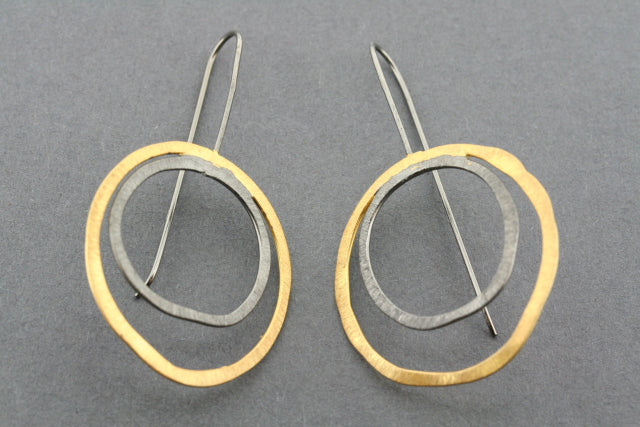 double organic circle earring ox & gold plated