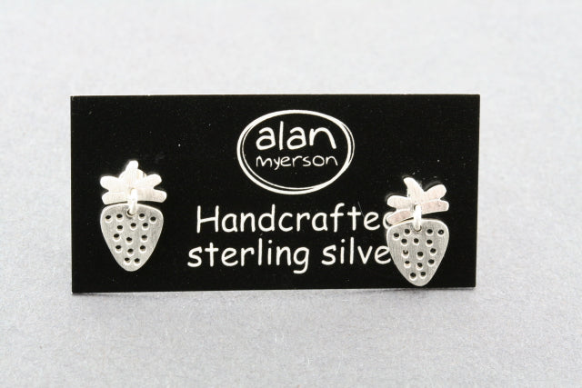 small 2 piece stud - strawberry