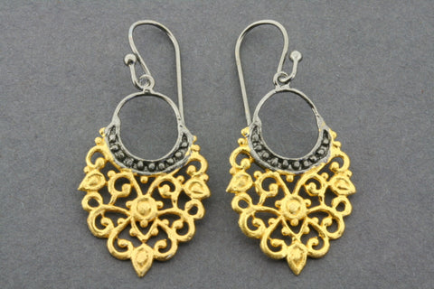 Mehndi earring - gold plated & oxidized