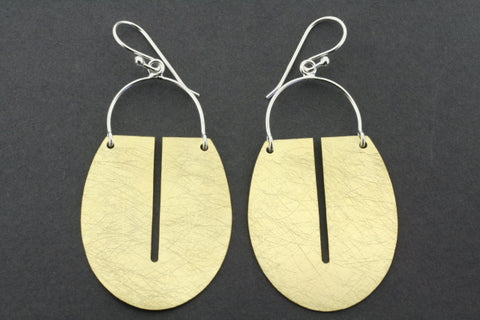 floating full shield earring - gold plated