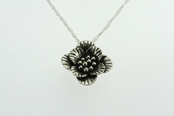 small stripe flower pendant on 55cm singapore chain