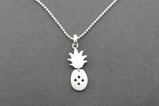 2 piece pineapple pendant on 45 cm ball chain