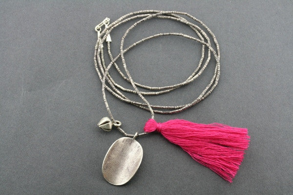 silver strand & bead necklace - pink
