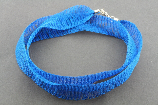 titanium mesh necklace - blue