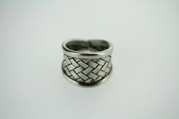 small basket weave ring
