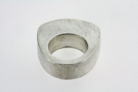 large hollow ring