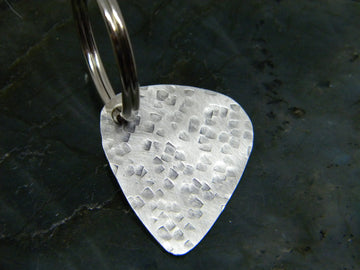 Guitar Pick Key Ring in Recycled Sterling Silver - MARTINIJewels