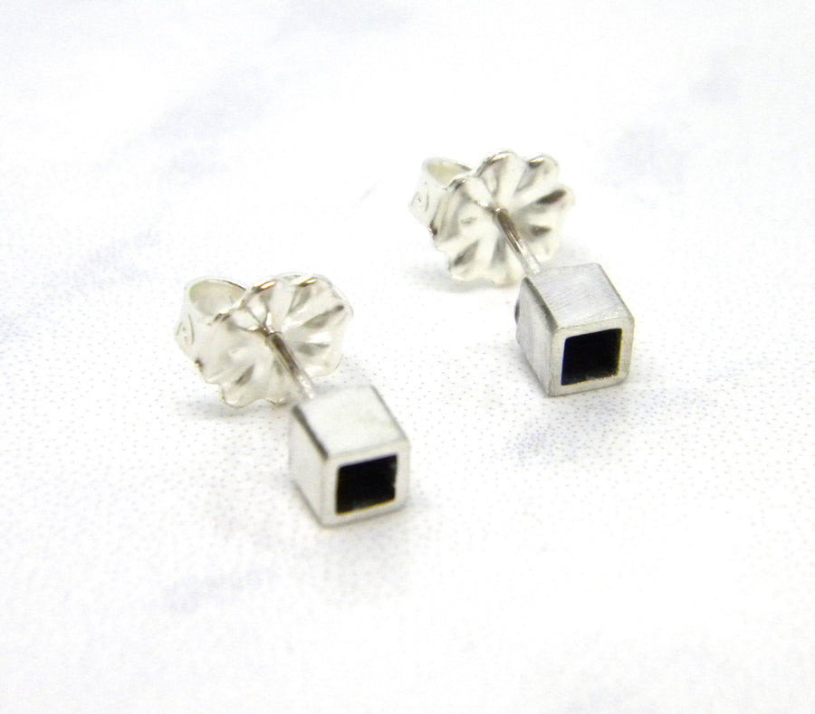 Minimalism Collection - Square Tube Posts - MARTINIJewels