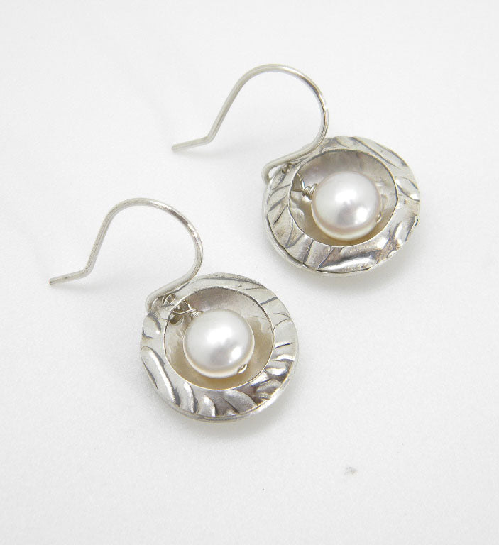 Pearls Collection - Nested Pearl Earrings