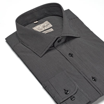 Men's Onyx Black & White Checkered 100% Cotton Tailored Fit Dress Shirt - Showcasing Contrast Fabric