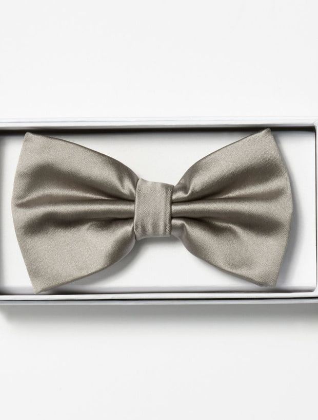 Mens Adjustable Pre-Tied Satin Bowtie In Silver