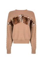 Load image into Gallery viewer, Caramel Leopard Pattern Sweater
