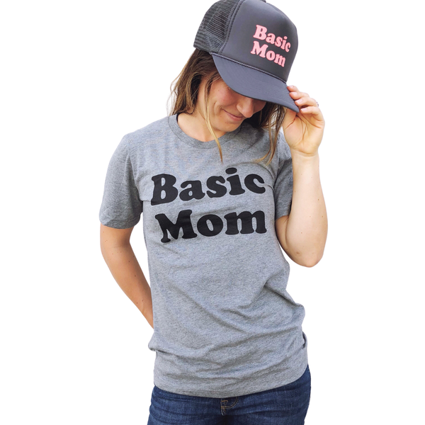 """Basic Mom"" T-Shirt"
