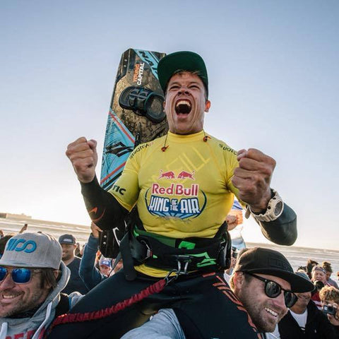 Kevin Celebrates winning The King of The Air in 2018