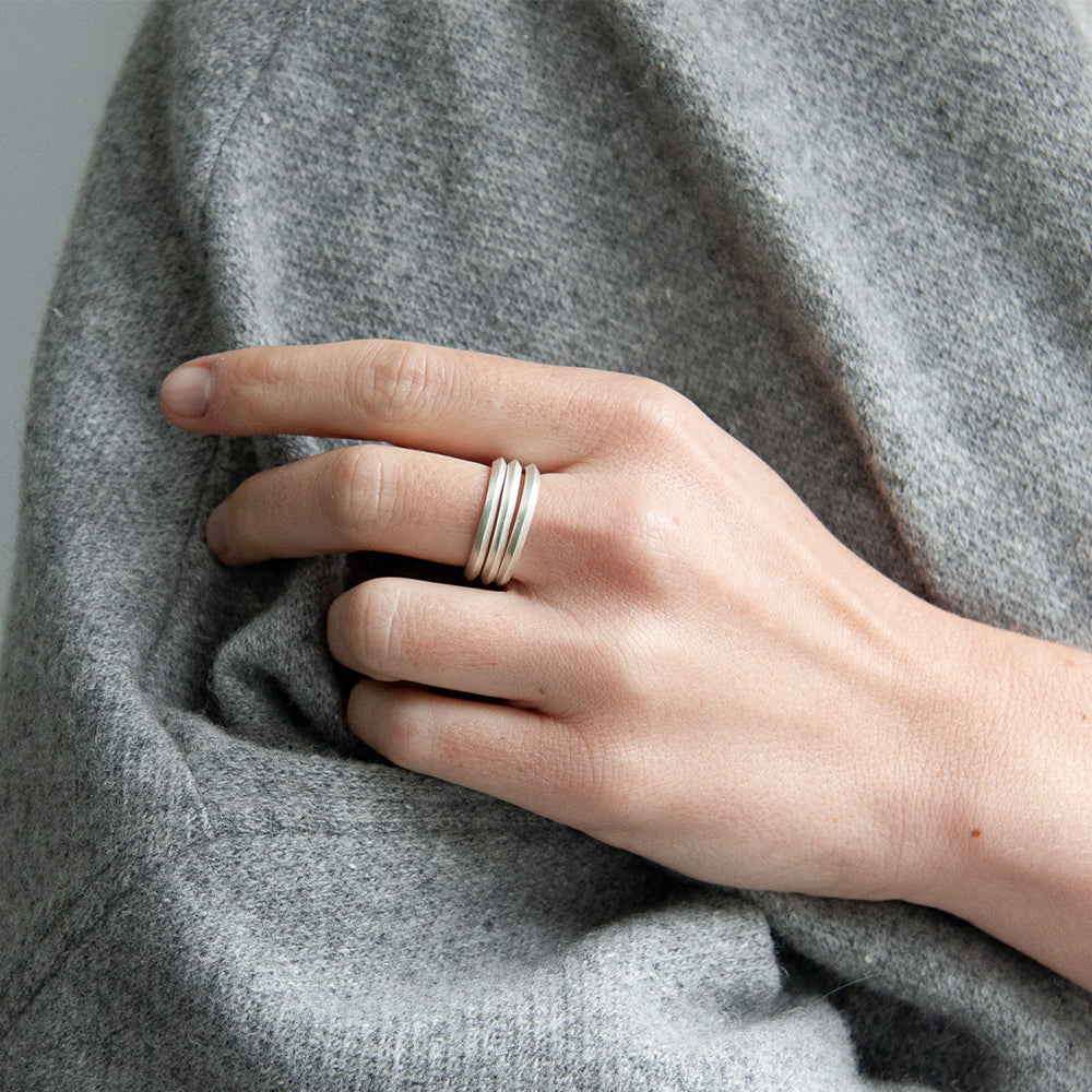 Edge to Edge Ring