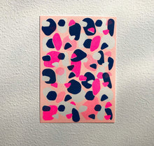 "Laden Sie das Bild in den Galerie-Viewer, Aline Meier - Riso Postkarte A6 ""WATERMELON SUGAR"""