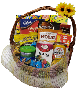 Medium Gift Basket - EuroMax Foods The Good Food Store