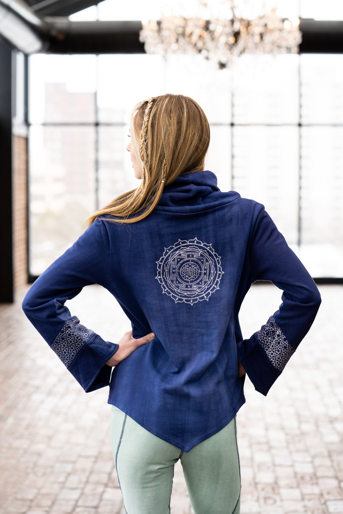Prism Sweatshirt in Indigo