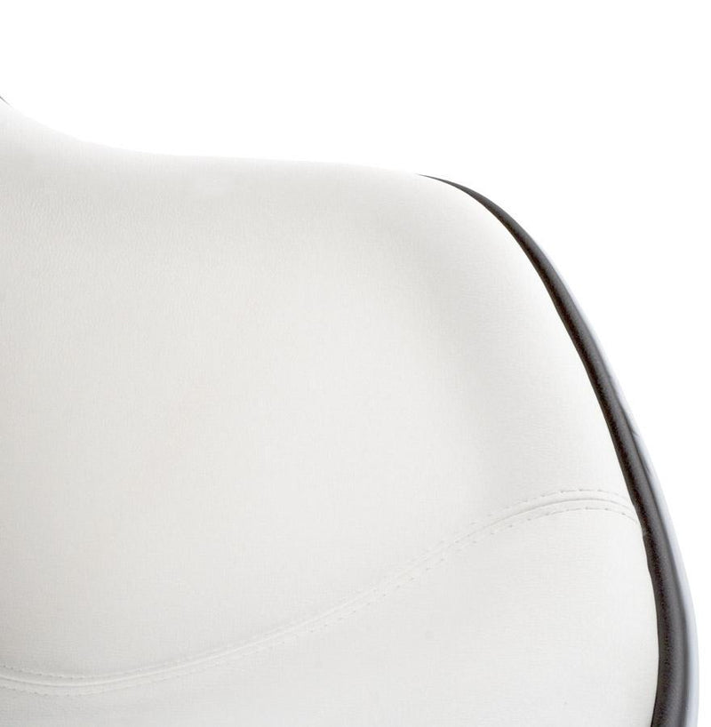 Leather Pivoting Armchair - HM_FURNITURE