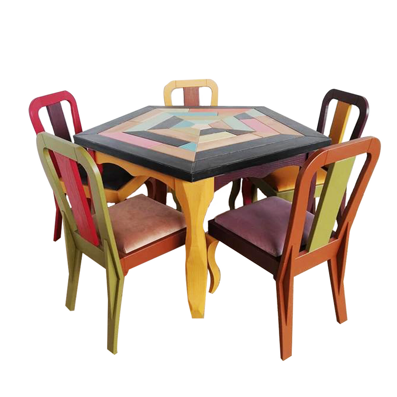 Handcrafted Unique Design Pentagonal 5 Seaters Table With 5 Chairs
