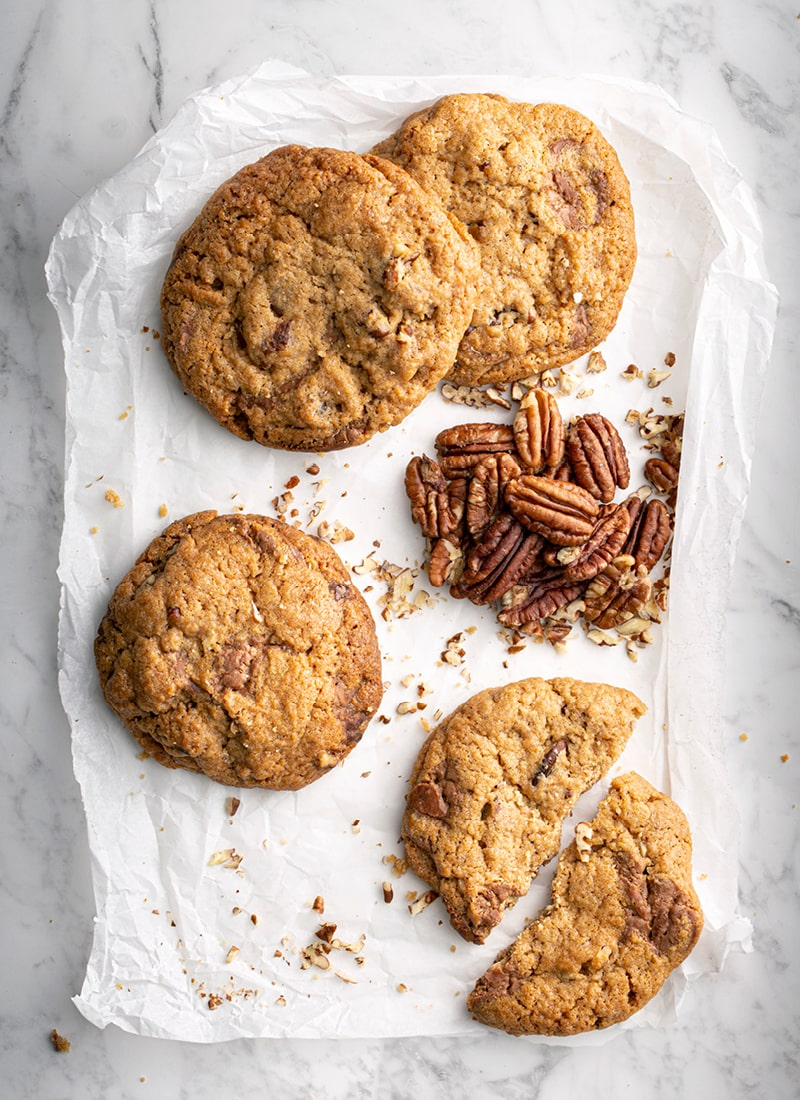 Caramel & Pecan Cookie