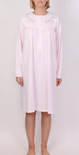Load image into Gallery viewer, SCHRANK NIGHTIE PINK HEATHER SK366