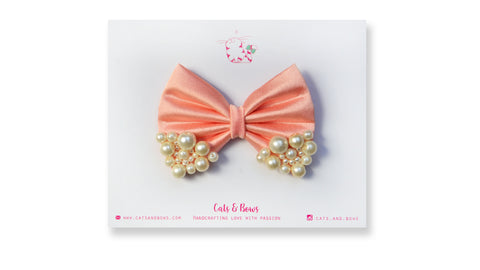 Medium Peach Pearl Bow
