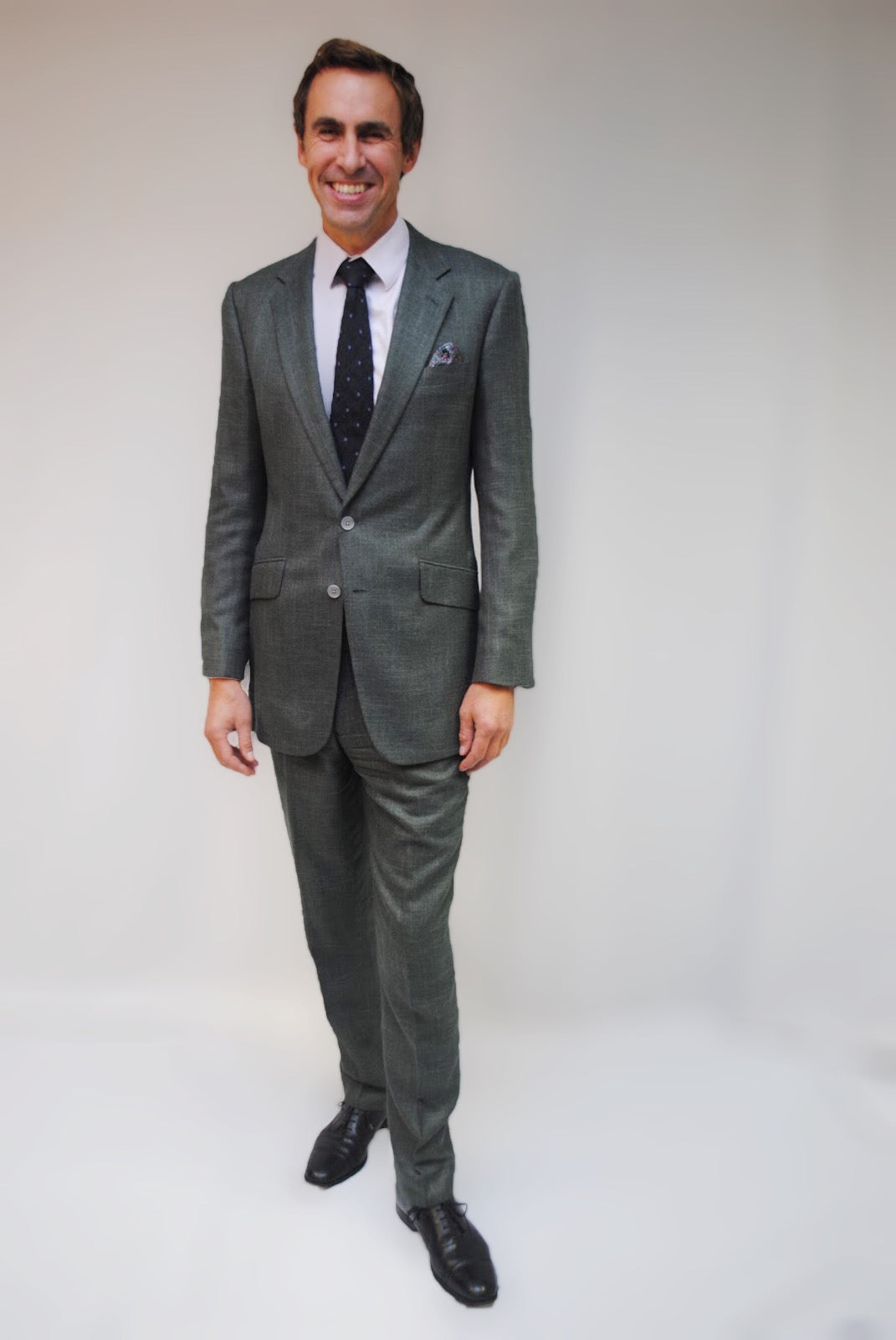 Vegan Tailoring Signature Bamboo Suit in Green