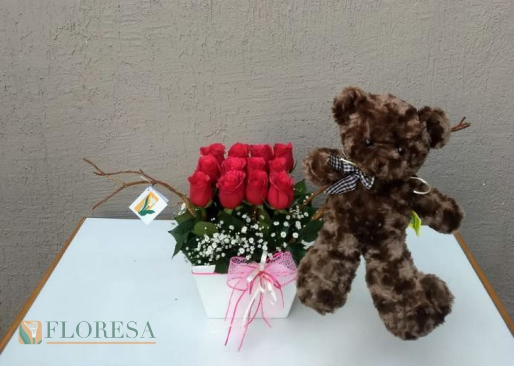 Red Rose Con Oso Arreglo Floral