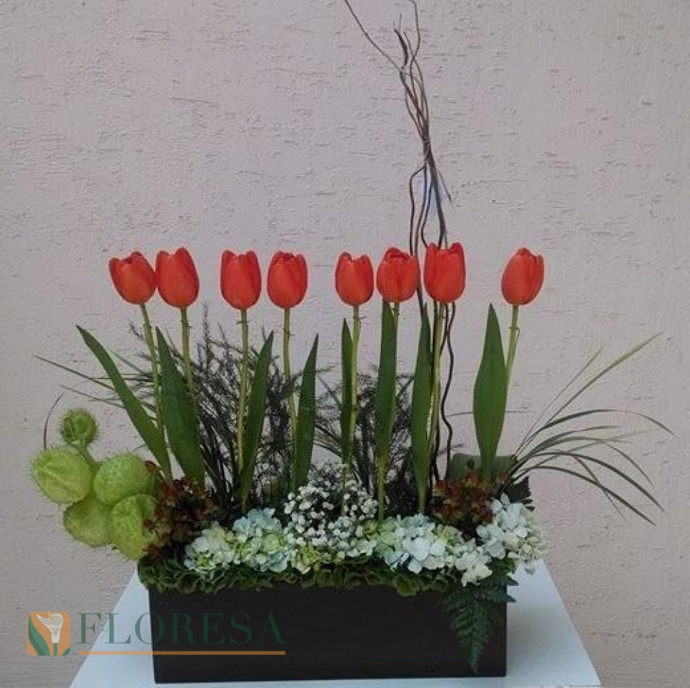 Tulipanes Doble Sandy Arreglo Floral