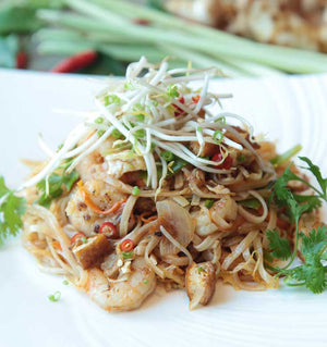Pad Thai dish. Serving Presentation