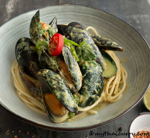 Thai Green Curry Mussels  Serving Presentation