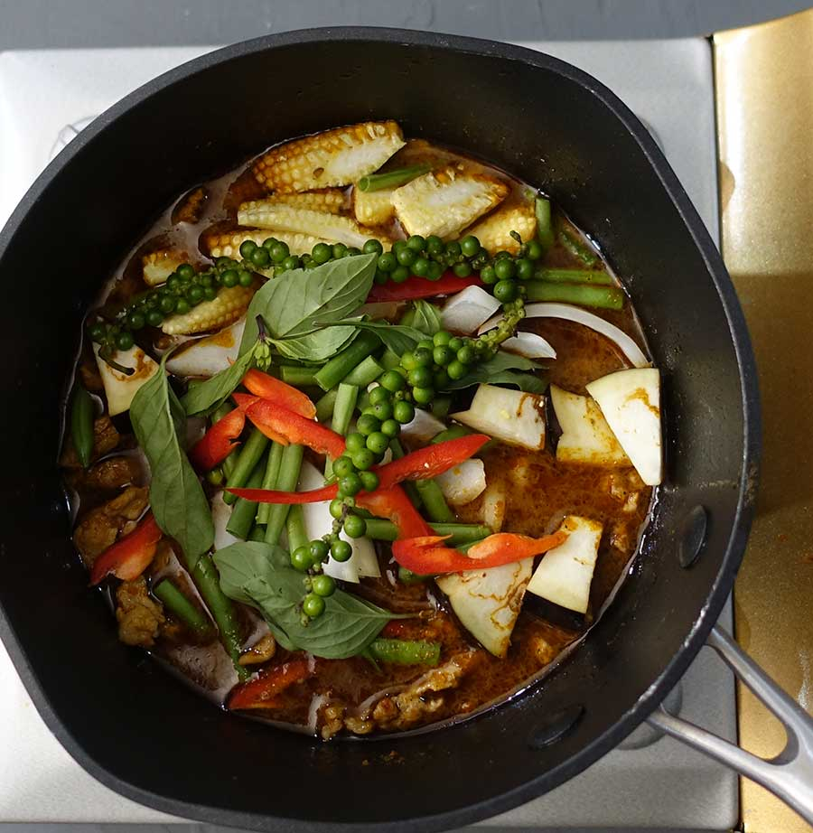 Add vegetables to pan simmer till cooked