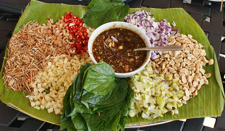 Miang Kham Thailand serving suggestion banana leaf