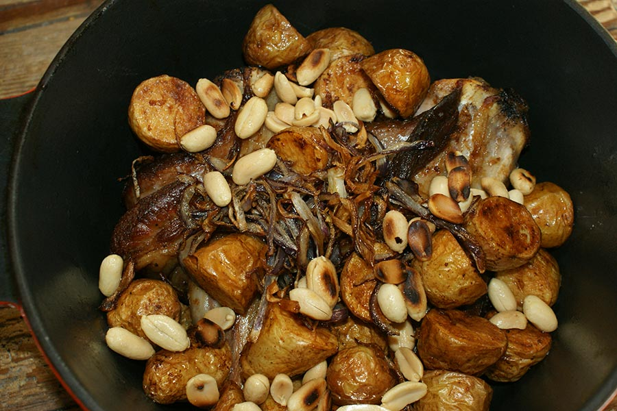 Saute-potato-and-onion-in-pot