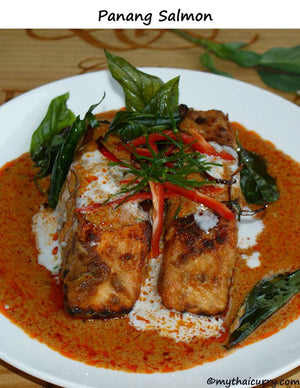 Serving suggestion for Panang Salmon