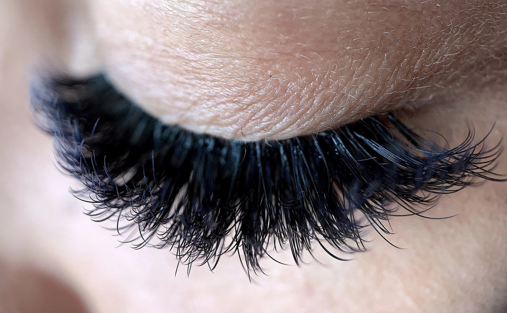 0.07 Duality Volume Lash Extensions