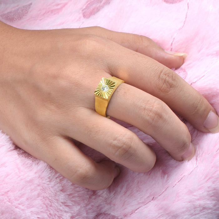 Premium Jewellery Golden Ring For Ladies-Golden-AN1147