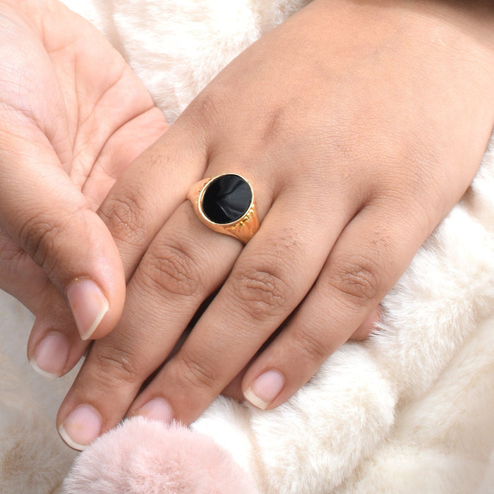 Premium Jewellery Golden Ring For Ladies-Golden & Black-AN1230