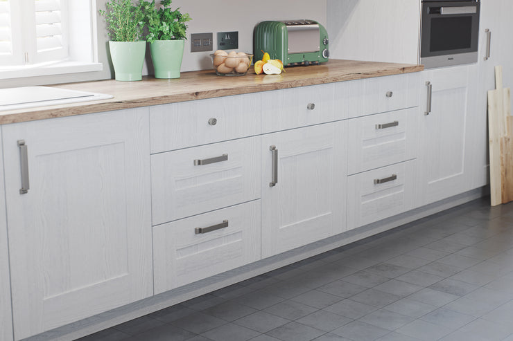 Shaker style doors and drawers in light grey