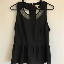 Load image into Gallery viewer, Under Skies Size M Black Peplum Sleeveless Top