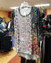 Load image into Gallery viewer, Fresh fx Size S Dark Gray Print Tunic