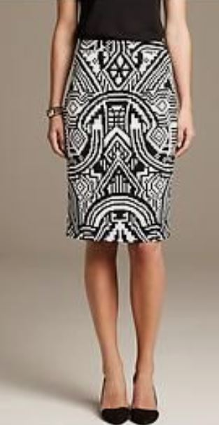 Banana Republic Size 0 Black/White Skirt - NWT