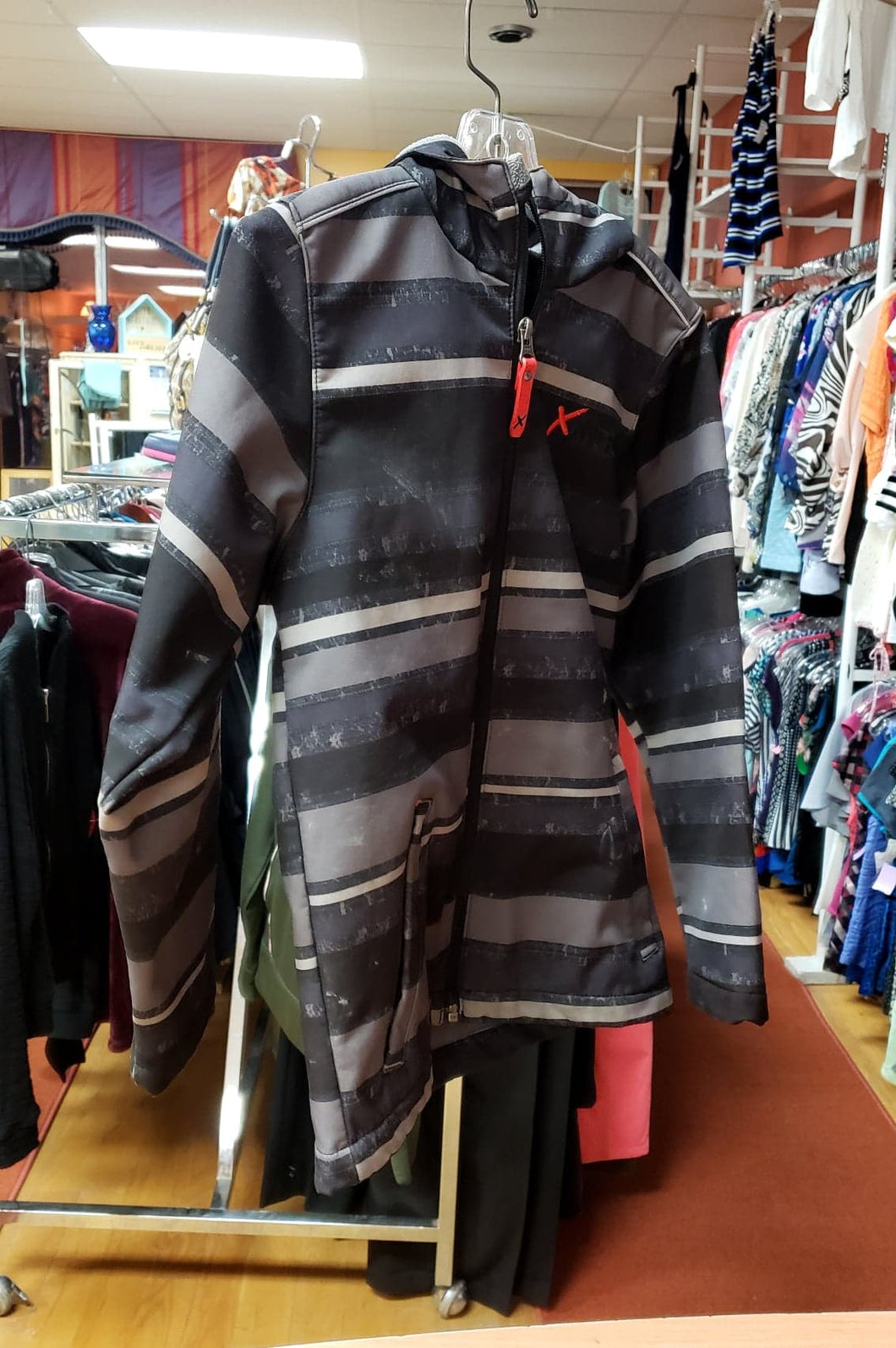 XMTN Size 7/8 Fall Hooded Jacket